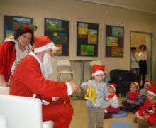 Biedronki podczas spotkania z Mikołajem w ZCDN